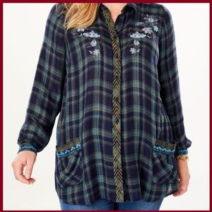 EMBROIDERED PLAID BUTTON-DOWN SHIRT